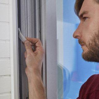 Moskitiera na drzwi balkonowe Comfort 1,2m x 2,5m, czarna TESA